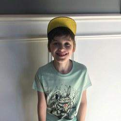 С днём защиты детей!  Сегодня и завтра в нашем магазине скидки 10% на всю детскую одежду.  На фото футболка с принтом от Iron Rabbit - 2,500₽  #IR002_909  #органическийхлопок #детскаямодаспб #freelabelme